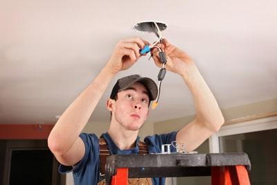 hiring an electrician edmonds